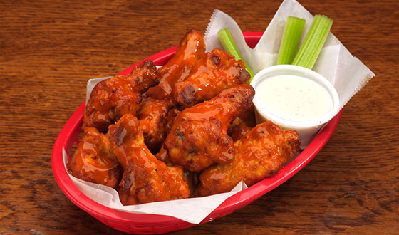 Chicken Wings & Ranch Dressing